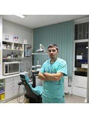 Dr Mihajlo Magazin - Dentist at Stomatološka Ordinacija Caninus