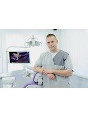 dr Milan Babic - Dentist at Dental Clinic
