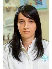 Marta Hegediš - Dentist at Dental Centre NorDent
