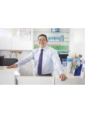 Dr Ng  Keng Howe - Dentist at Royce Dental Surgery - Ghim Moh
