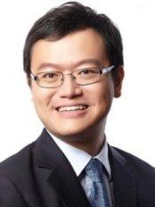 Dr Lo Tong Soon - Dentist at White Dental Group