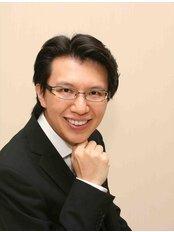 Dr RonnieYapYi Roon - Principal Dentist at Orchard Scotts Dental