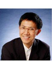 Dr Chung Kong Kong -  at RCOLL Dentist