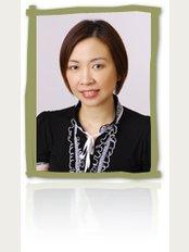 Le MinT's Parade Dental Practice-Marine Parade - Dr Lee Fuen Fuen