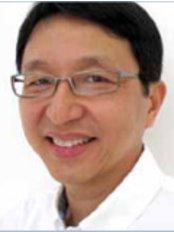 Poon & Phay Dental Surgeons Pte Ltd - 8 Sinaran Drive, #05-01, Novena Specialist Centre, Singapore, 307470,  0