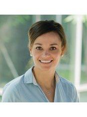 Dr Zanelle Harris - Dentist at Expat Dental