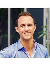 Dr Shaun Thompson - Oral Surgeon at Expat Dental