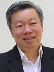 Dr Dr Heng Jee Kuan -  at Epismile Inc Dental Group Branch