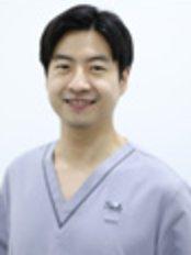 Dr Lim Jun Seok -  at Smile Central Clinic - Jurong East