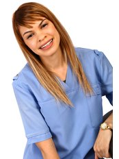 Leizyl Davidson - Dental Hygienist at Kromboom Dental Centre