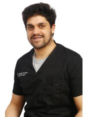 Dr. Taariq Parker - Dentist at Kromboom Dental Centre