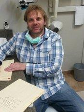 Dr ER Kleynhans - 342 Glenwood Road, Lynnwood Park, Pretoria, Gauteng, 0081,  0