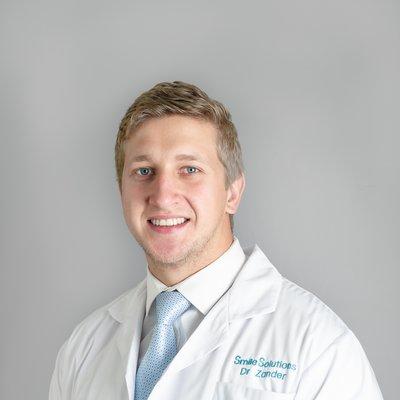 Dr Zander Grobler