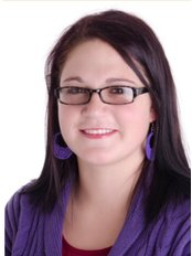 Miss Welmien Du Plessis - Dental Nurse at Family Dentistry