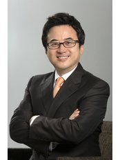 Dr Eung-Soo Kim - Orthodontist at A Plus Dental Clinic Apgujeong