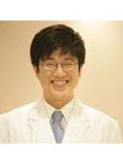 Dr Won Jun Yi -  at Korea Dental Clinic