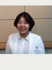 Seoul Eun Dental Clinic - deoksugung lotte castle castle plaza #124, 28 Seosomunro9gil Jung Gu, Seoul,