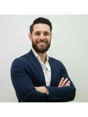 Dr Jesús Ruiz - Dentist at Ridere Estudio Dental