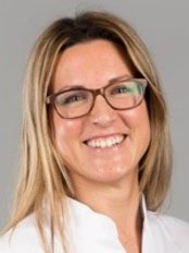 Ms Laura Garcia Palma - Dentist at M. Castellsagué Centre Dental