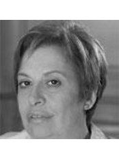 Dr Ana María Hernández - Dentist at Casher - Benidorm