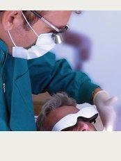Clinica dental Finestrat - Avda Cami de Reis 13 Bajo A, Finestrat, Alicante, 03509,