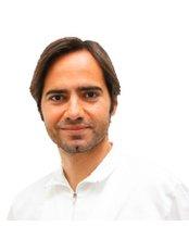 Dr Alfonso de Barutell Castillo - Dentist at Grupo Clínico Dental Doctor Senís - Castellón