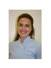 Ms Ana Florez Rodriguez -  at Clínica Dental Curie