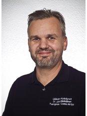 Dr Juha  Mielikäinen - Doctor at Clínica Medicodental Sinervo S.L