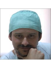 Christian del Rey Schnitzler - Dentist at Dental Clinic Del Rey