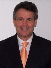 Dental Clinic Plaza Prosperidad - Dr MiloGarcia Tempone