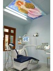 Clinica Dental Althaus & Bondulich - Avenida Jaime III 14, Palma de Mallorca, Balearic Islands, 07012,  0