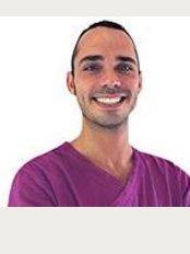 Estética Dental - Avinguda de Picasso, 61, Palma de Mallorca, 07014,