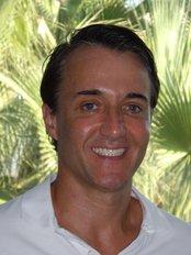 Dental Marbella - Dr. med. dent. Sorin Cristea DDS PhD