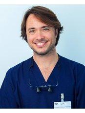 Dr Adrian Carbajosa Fernandez - Orthodontist at R&H Clinica Dental