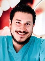 Sigma Clínica Dental - C/Linares - 38, Mairena del Alcor,  0