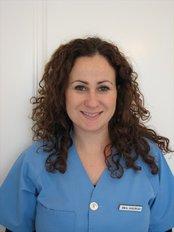 Pro Dental Care - Dr.Fuensanta Salinas