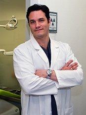 Dr. Vladimir García Lozada   Advanced Implantology - Av. García barbón, Nº114, Bajo., Vigo, Pontevedra, 36201,  0