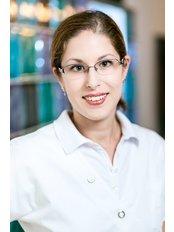 Mrs Med. Dent. Linda Bloch - Dentist at Cecconi Dental
