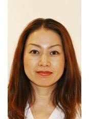 Mrs Makkiko Grob - Dental Hygienist at Vollbezahnt