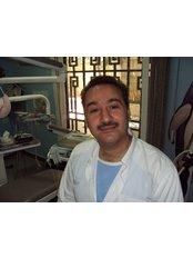 Dr Saed Akkad - Oral Surgeon at Alepmed