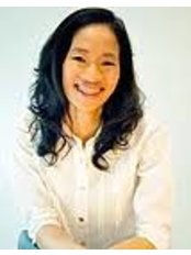 Dr Cholticha Aromseree - Oral Surgeon at DDS Clinic Dental Design Solution