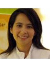 Dr Wanlaya Pattanatanawisut - Dentist at Dental Center Of Thailand
