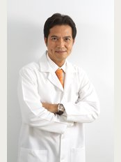 Dental Design Clinic and Lab - Dr Thamrong Limpanapa