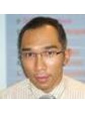 Dr Boworn Klongnoi - Doctor at Ekamai Dental Clinic