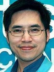 Dr Akaraphol Laosuttipon - Dentist at iDentist Dental Clinic - Chapter One Condo Kaset