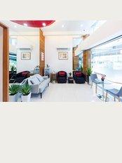 Khunchanok Dental Clinic - 522 / 69-70 Asoke - Din Daeng Road, Bangkok, 10400,