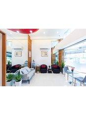 Khunchanok Dental Clinic - 522 / 69-70 Asoke - Din Daeng Road, Bangkok, 10400,  0