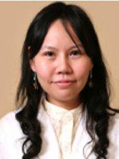 Dr. Warunee Taweerattanapanit - Dentist at Pacific Dental Care