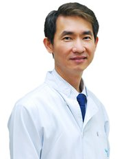 Dr Chotiros Kuphasuk - Dentist at Perfect Smile Dental Clinic