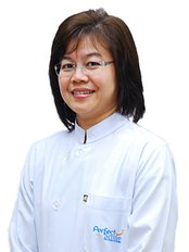 Dr Watcharaporn Kuphasuk - Dentist at Perfect Smile Dental Clinic